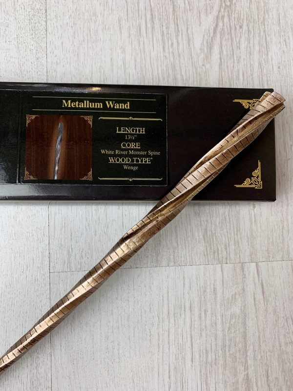 Unique Wands™ Exclusive Metallum Wand + Box