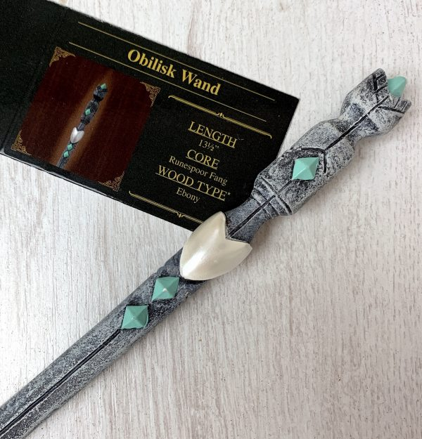 Unique Wands™ Exclusive Obilisk Wand + Box