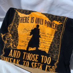 Harry and Voldemort Stand Off - Long Sleeved T-Shirt (Black)