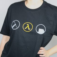 Exclusive Half-Life 2 T-Shirt (Black)