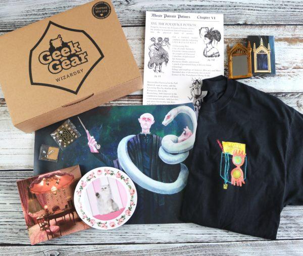 GeekGear Wizardry MAY 2020 Box