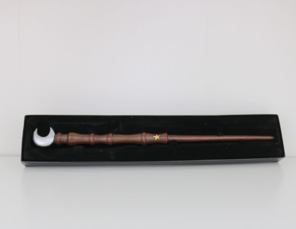 Unique Wands™ Exclusive Lunae Wand + Box