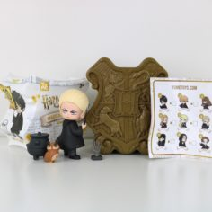 Licensed and Exclusive Hogwarts Heroes Collectors Trunk