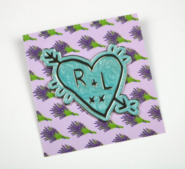 Wizardry R&L Love Heart Pin