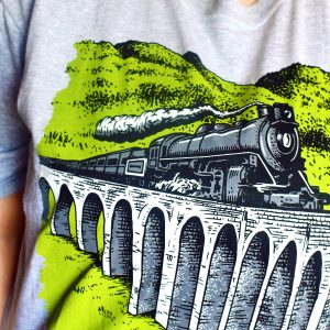 Wizardry School Train Journey Short Sleeve T-Shirt (Grey)